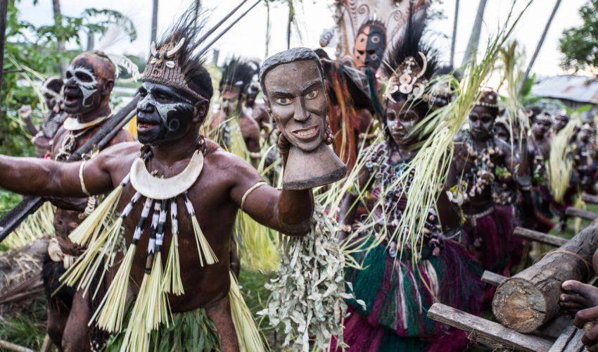 Daniel Rüdiger - Leben in Papua-Neuguinea. einfach schwer_02