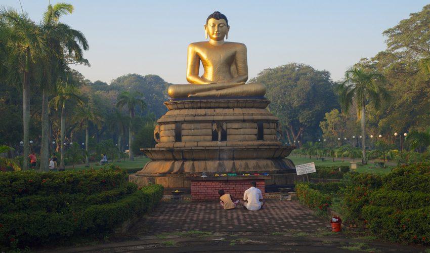 Kay Maeritz - Auf der Suche nach dem Glück. Eine Reise durchs buddhistische Asien_01