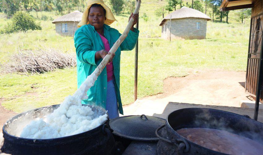 Michael Rischer - Frauenpower. Afrika zwischen Tradition und Emanzipation_04